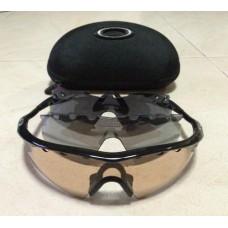 แว่นกันแดด Oakley M Frame พร้อมเลนส์ 3 อัน