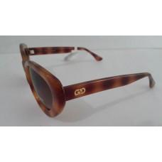 แว่นกันแดด cole haan (USA) แบรนด์หรู กรอบกระน้ำตาล ทรงขนาดกลาง  LOGO ที่ก้านแว่นและด้านในแว่น